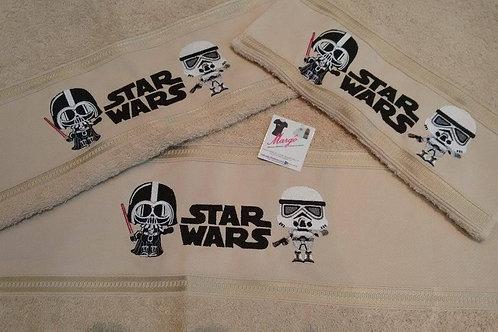 Toalha de Banho Bordada Rosto e Mão Star Wars