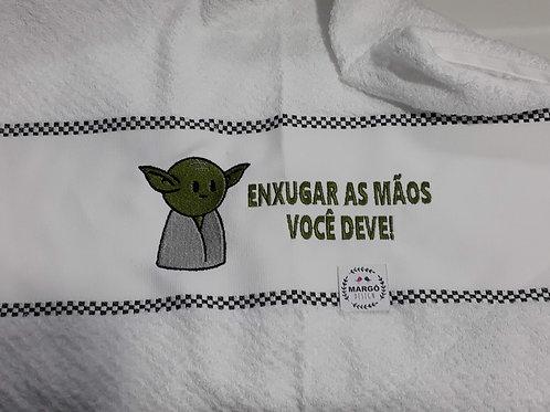 Pano de Prato Atoalhado Bordado Baby Yoda