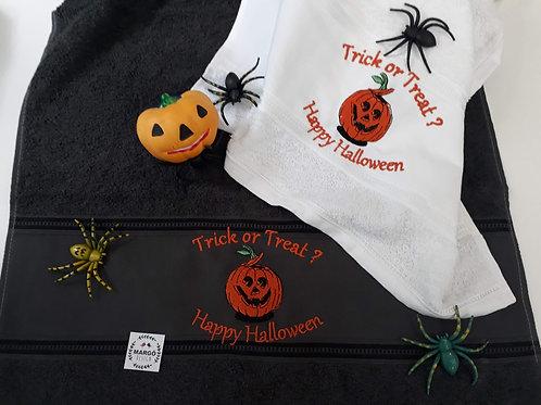 Combo 2 Toalhas de Rosto ou Lavabo Bordadas Coleção Halloween Abóbora