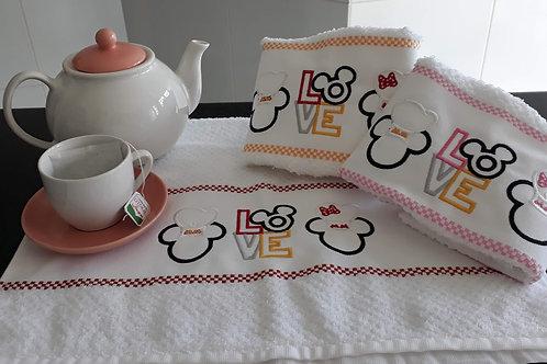 Combo 3 Panos de Prato Atoalhado Bordado Coleção Chef Mickey e Minnie