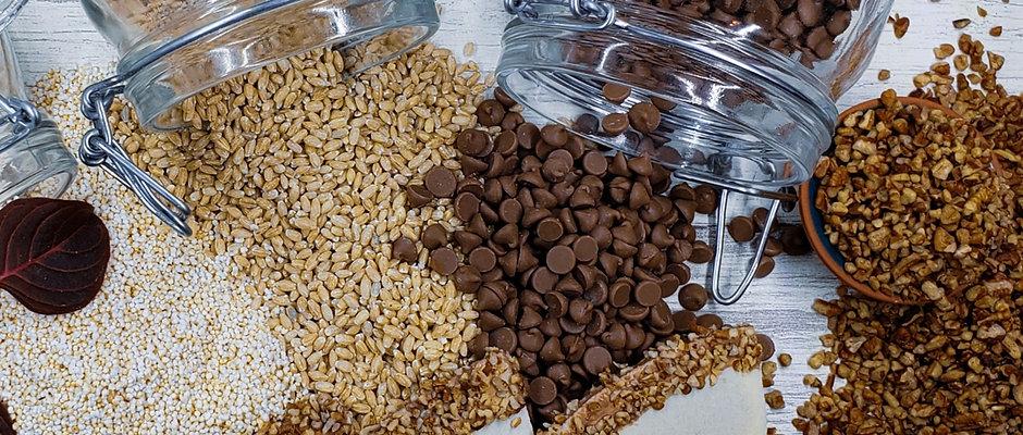 Oblea triángulo sabor chocolate con nuez granillo 3 piezas