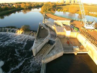 YORKSHIRE'S FINEST:  RIVER HYDRO-ELECTRIC SCHEME OPENED BY GEOFFREY BOYCOTT