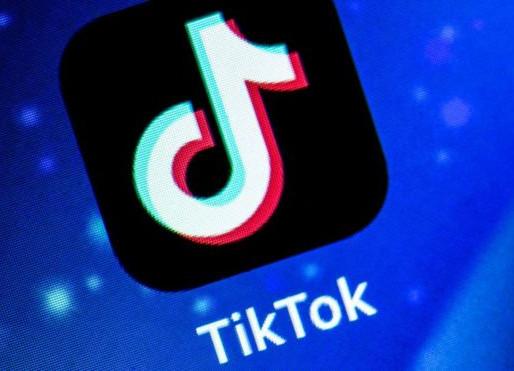 A luta para remover do TikTok vídeo de suicídio que viralizou