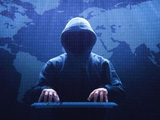 Quem é o hacker acusado de roubar informações de 300 empresas em 44 países