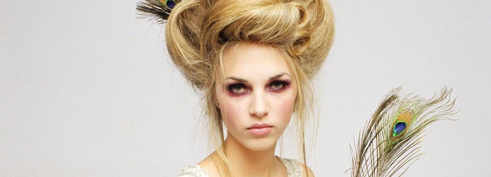 Blonde victorienne