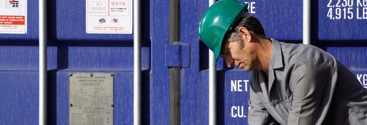 Cargo Worker 2015-5-21-11:46:11