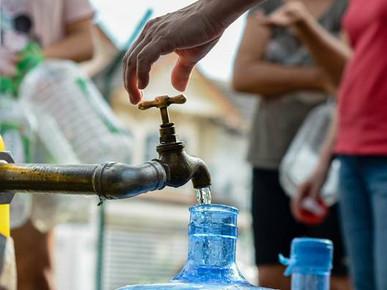 Gangguan bekalan air di Sepanggar tidak berkesudahan, penduduk terpaksa tinggal di hotel