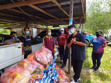 KADAMAIAN YB VISITS, DONATES TO MUSLIM COMMUNITY IN CONJUNCTION WITH HIS YEARLY RAMADAN ACTIVITY