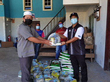 Ewon teruskan Program Bakul Makanan melalui gereja dan masjid