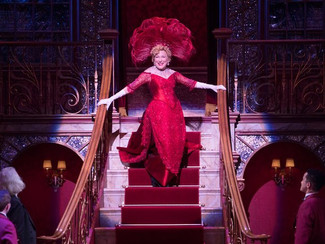 Does anyone still wear a hat? Of course, darling. On Broadway.