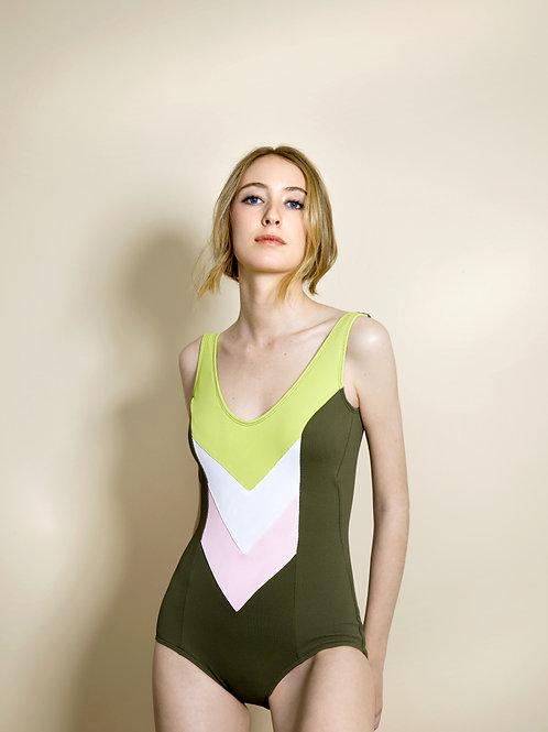Modelo V · Verde
