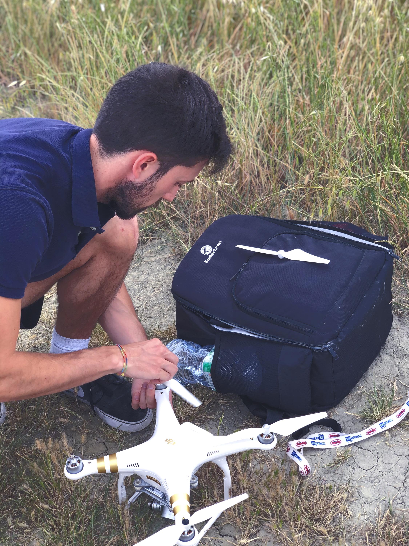 Tommaso Beni pilota di drone con attestato