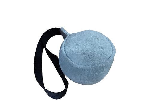 Bola de Couro - G - 13x9cm