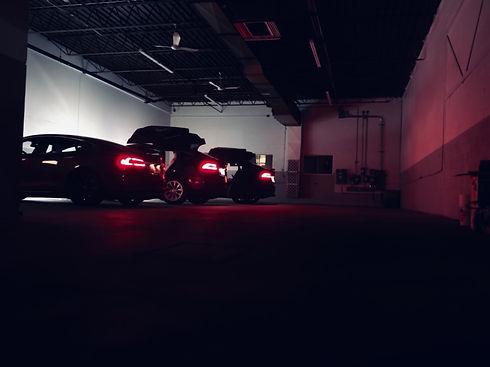 garage à montréal spécialisé en Tesla et voitures électriques