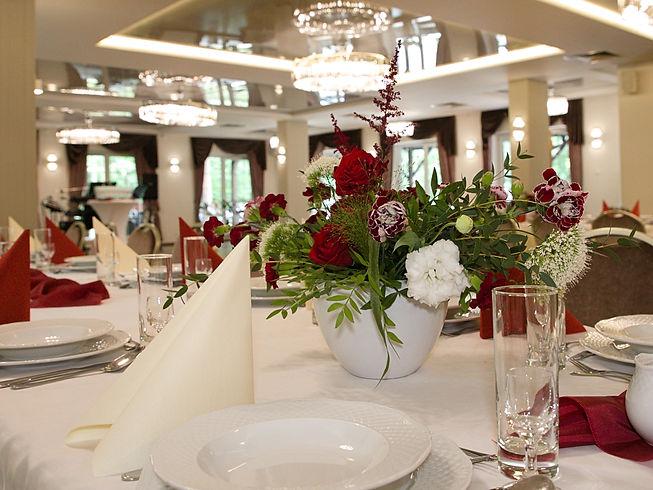 Sala balowa w Hotelu Walcerek, dekoracje weselne