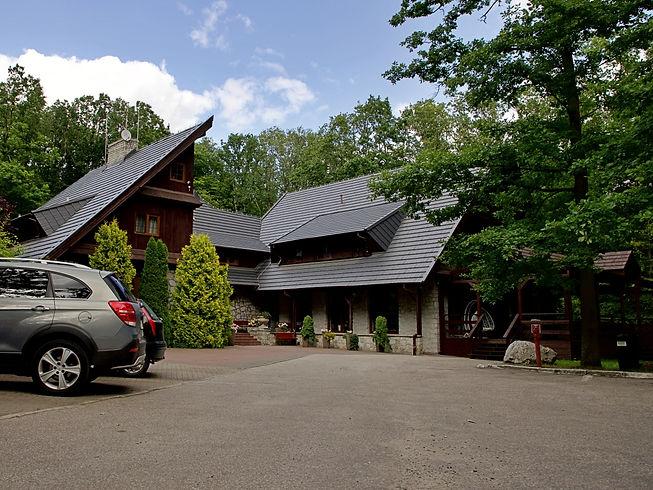 Hotel Walcerek - kameralny obiekt hotelowy w otoczeniu lasu