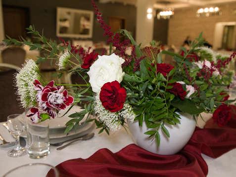 Sala balowa na wesela i eventy w Hotelu Walcerek, elegancka aranżacja weselna