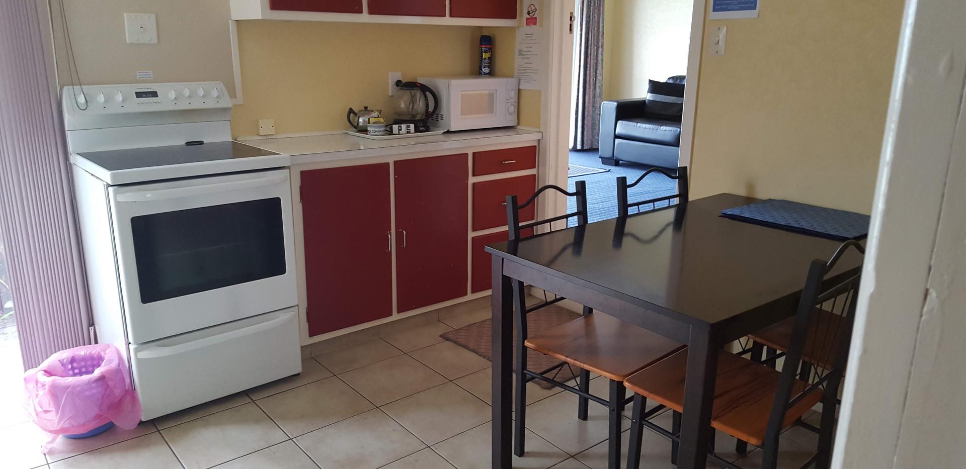Seaspray Motel 2 bedroom unit, seperate 1960s kitchen.