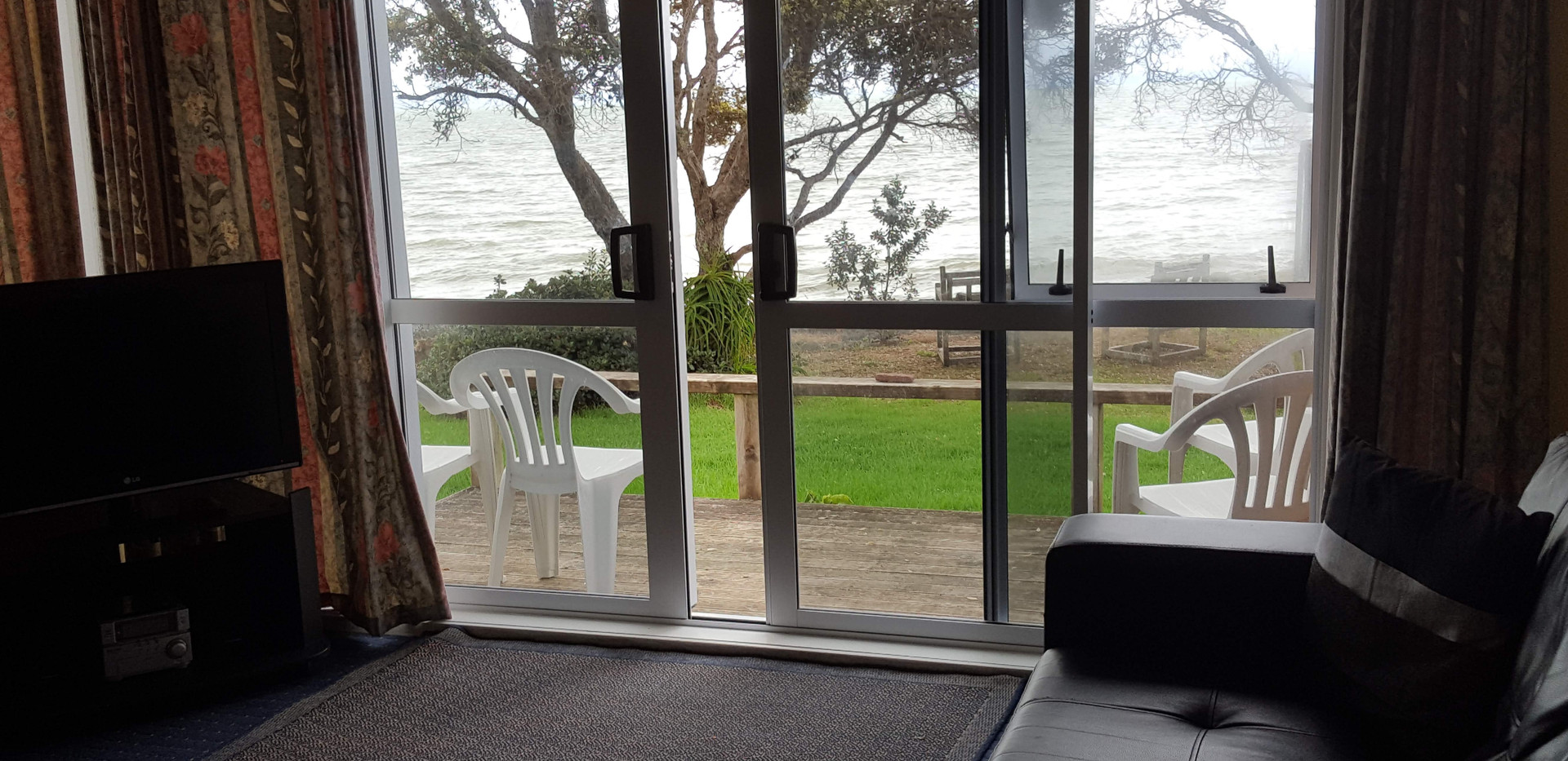 Seaspray Motel 2 bedroom unit view from seperate lounge