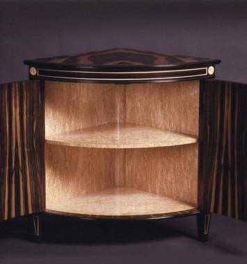 corner cabinet detail