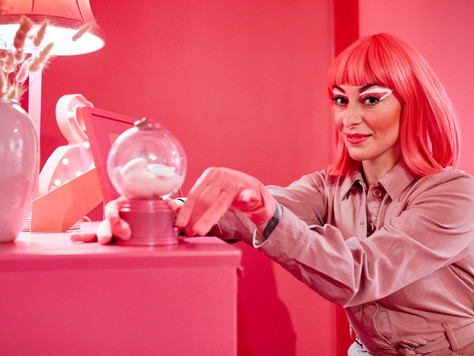 The Alchemist phenomenon: Violins, Big Brother, a Pink Room and a new domeuniverse
