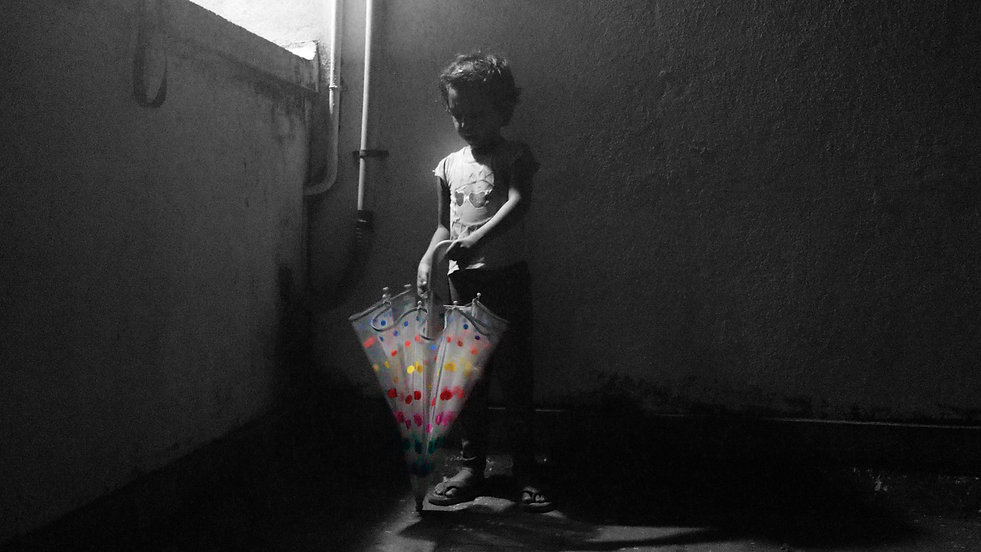 mahesh venkatasubramanian, child, sitting, photography, photo essay, photo story