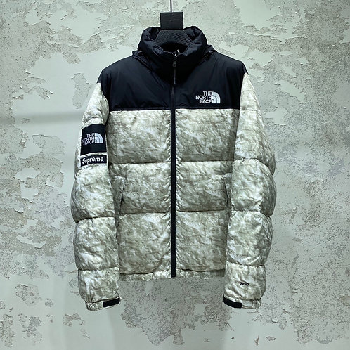 SUPREME WINTER JACKET