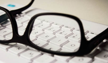 Three Reasons to Avoid Buy Glasses Online