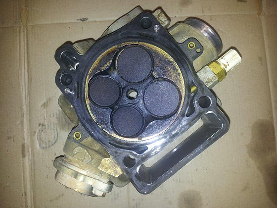 Culasse : Haut moteur HVA 310 Te 2011