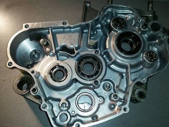 1/2 Carter moteur D KX 125 04