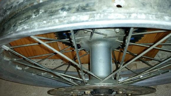 """roue AR 19"""" yam"""
