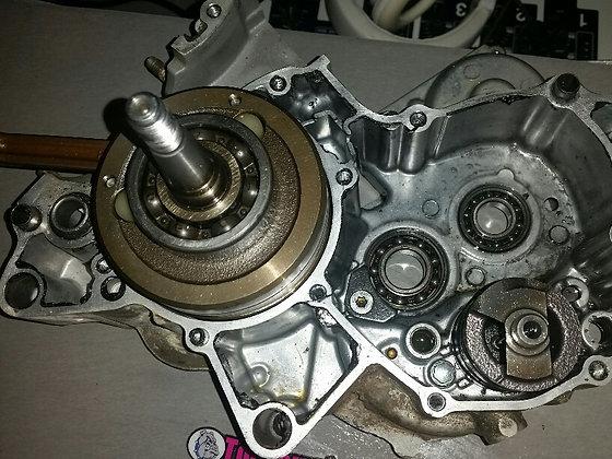 1/2 carter moteur Droit 125 yz 2010