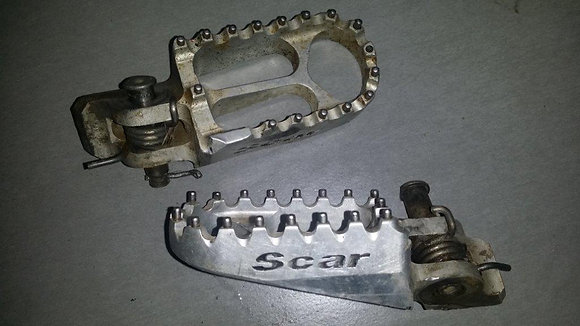 Cale pied Scar Honda