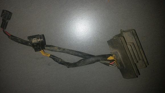 Régulateur de tension DRZ 400
