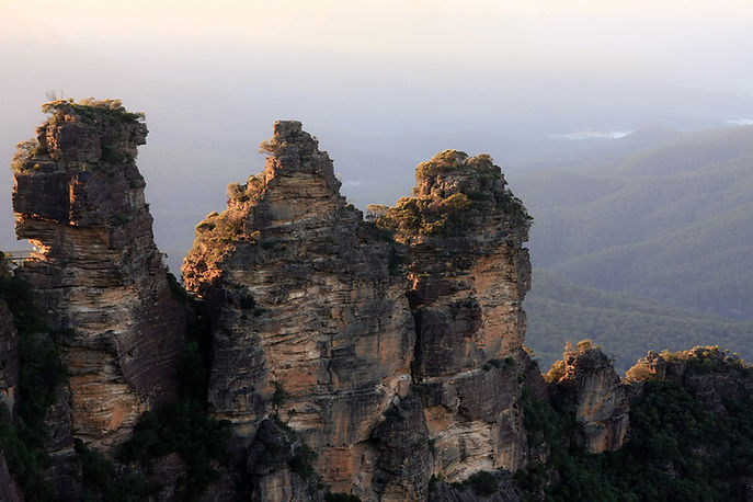 A view of the mountains and cliffs