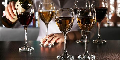 glass-vs-crystal-wine-glasses.jpg
