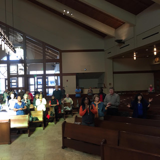 praise and worship picture2.jpg