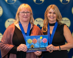 Colleen and Ann go to Moonbeam Awards