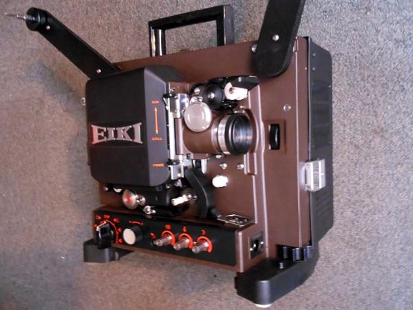 Projecteurs Eiki 16mm