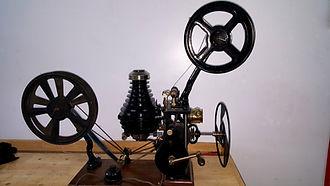 11 projecteur 35mm Pathe NAU 1912.jpg