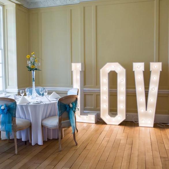 Catthorpe Manor love letters.jpg