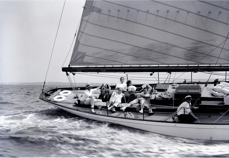 EDLU cockpit 2.jpg