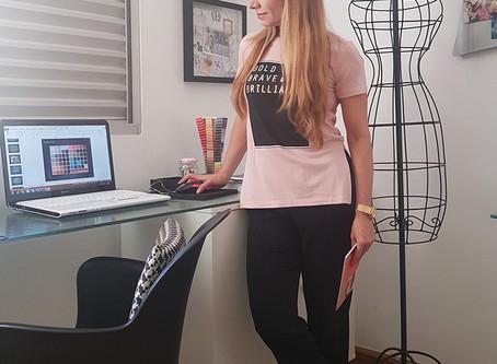 Dicas de como se vestir para tornar o trabalho em Home Office mais agradável e eficiente
