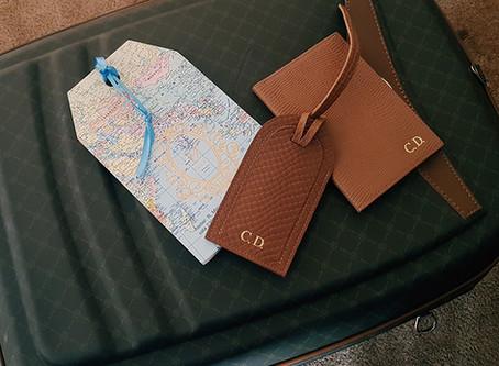 Viajar com estilo – Tags de mala e porta passaporte personalizados