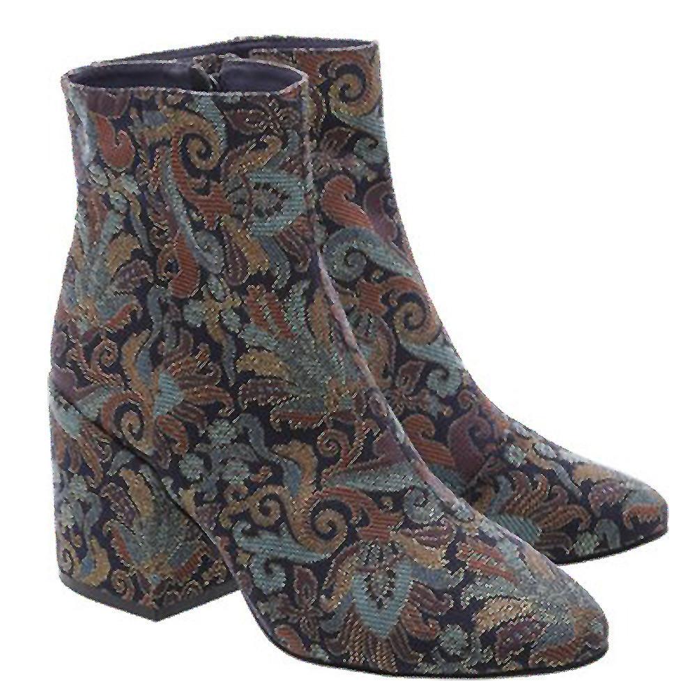 Personal-Stylist-BH-Dicas-Moda-Estilo-Sapatos