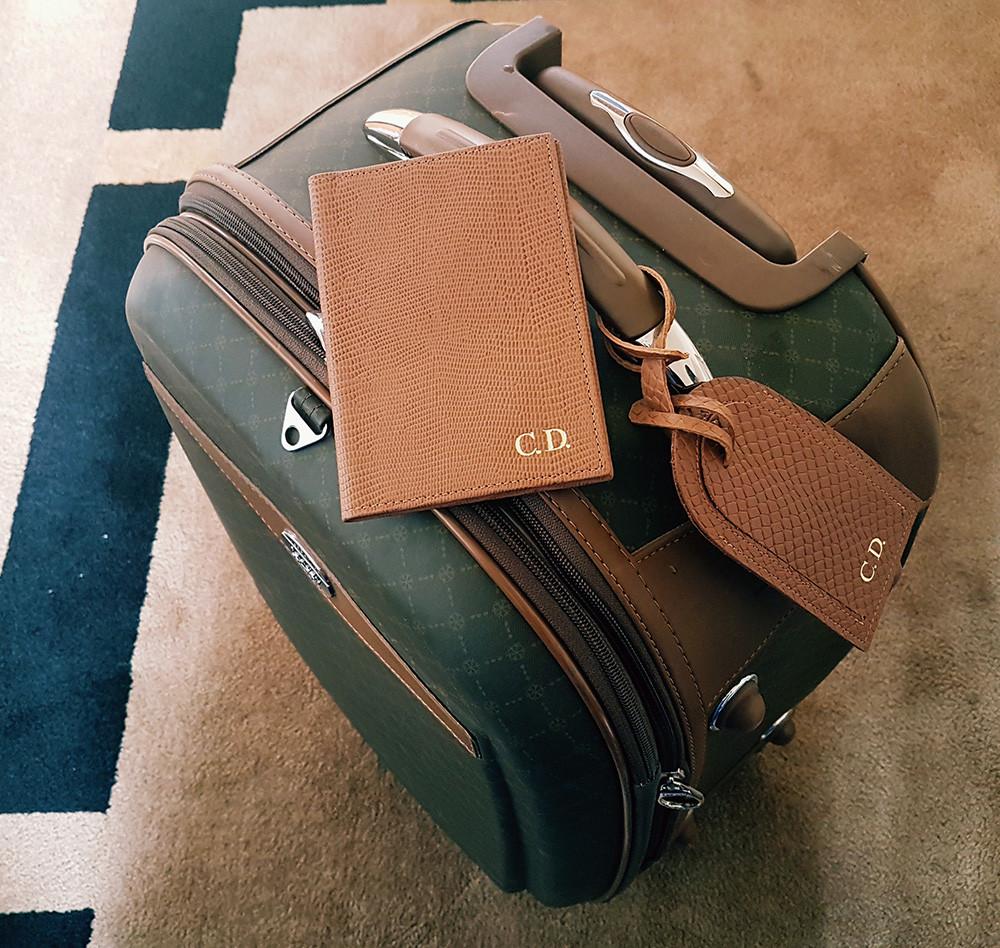 Organização de Malas Personal Stylist BH Tag Porta Passaporte Personalizados