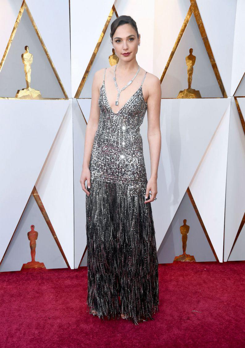 Oscar 2018 Personal Stylist BH Consultoria de Estilo e Imagem Gal Gadot Givenchy