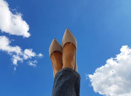 Sapato branco – Veja como usar o hit da temporada em looks especiais