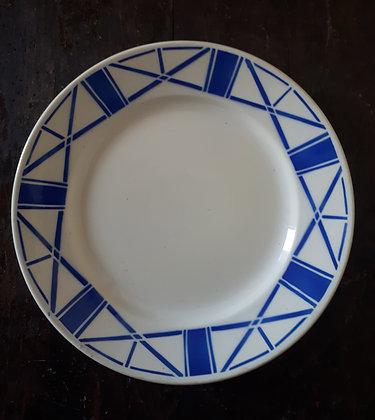 Assiette porcelaine opaque