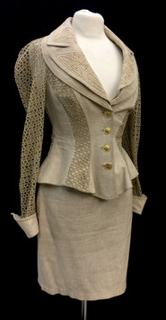 Chest 36 2 pc tan skirt and jacket.jpg